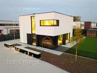 REN_1810_Concept_Home_01